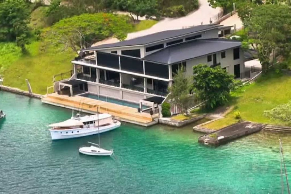 Onyx Vanuatu Harbour Resort Residences - 5 Star Luxury Accommodations in the best location in Port Vila, Vanuatu
