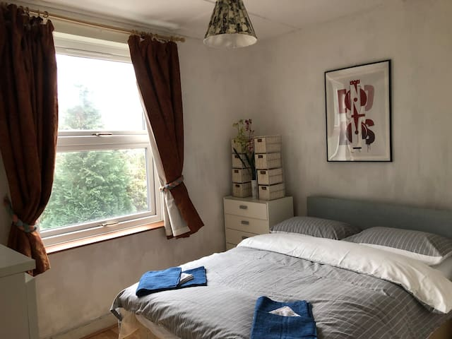 Furnished upstair Double Room with one Double Bed