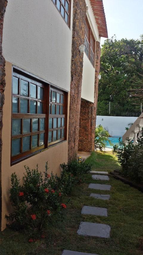 Residência Gleiciana - APARTAMENTO 5