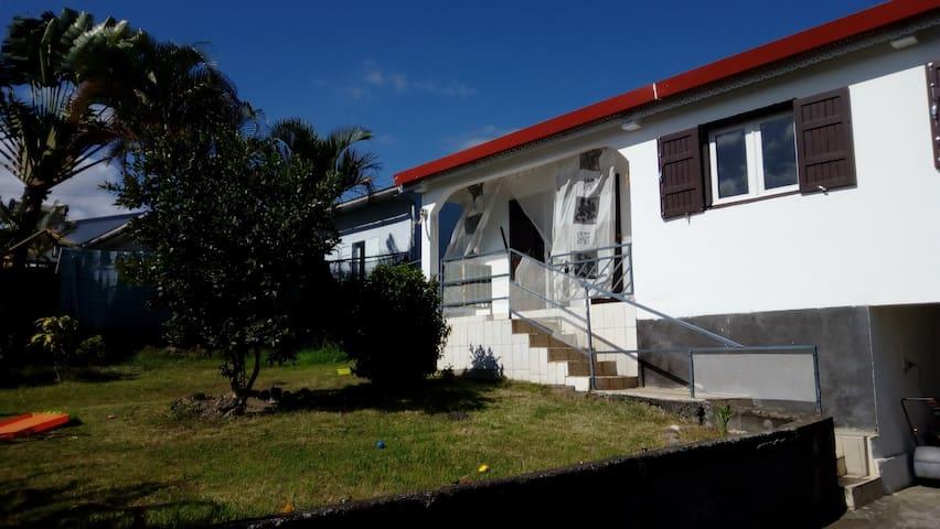 Maison avec jardin avec vue sur mer et montagne - Ravine des Cabris - Haus
