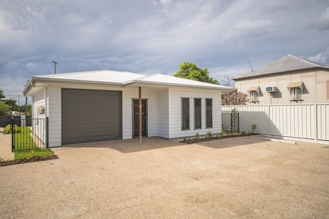 UNIT 4 - BRAND NEW HOUSE, GREAT LOCATION