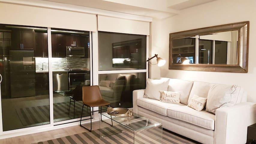 Cozy 2 bedroom condo at Friday Harbour Resort