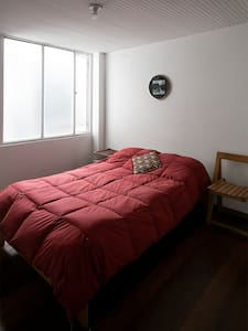 ROOM WITH PRIVATE BATHROOM IN CENTRAL BOGOTA