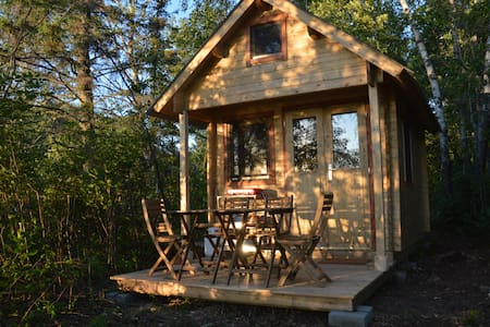 Waterview Cozy Cabin at Wild Woods Hideaway