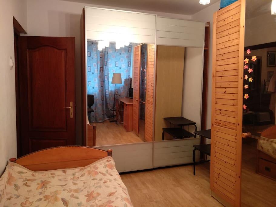 спальня / bed room