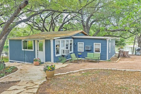 Serene 2BR Burnet Lakeside Cabin - Burnet