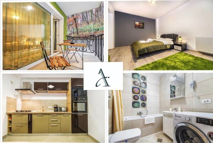 🔑  Green Studio 🌆  suite with balcony  ❤️  ❤️