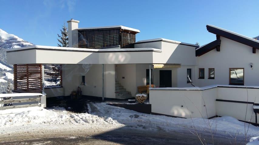 Ruhige 75m² Wohnung +120m² Terrasse zum Entspannen