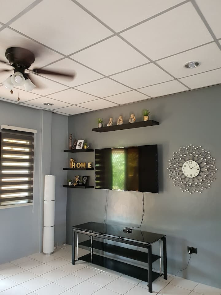 4BR Vacation Home in Uptown CDO
