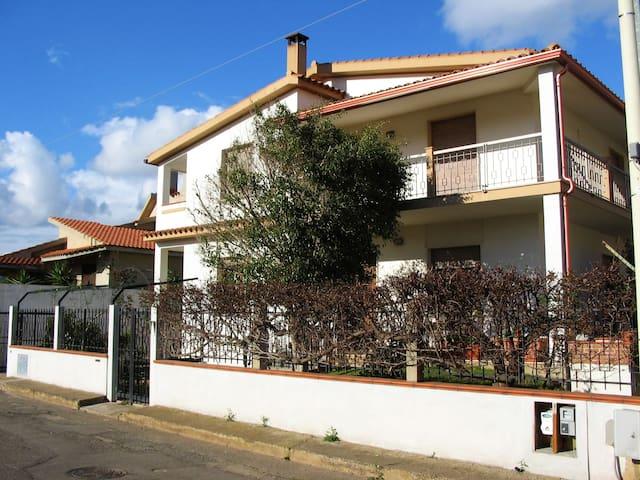 Bed and Breakfast Ghisela - Villa San Pietro - Bed & Breakfast