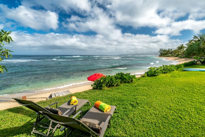 Coconut Cabana Direct Beach front home in Waialua - Waialua - Casa