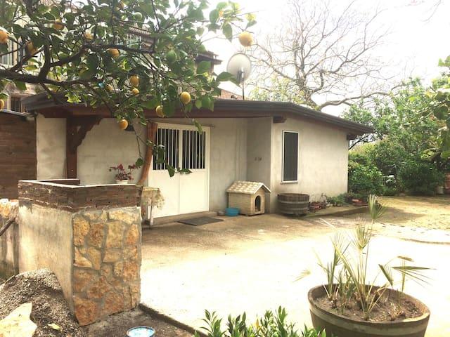 """Casa in campagna per il tuo """"relax"""" - Agriturismo"""