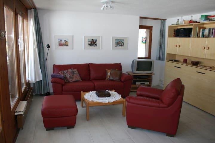 2 1/2 Zimmerwohnung in Lax - Lax - Pis