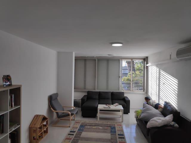 חדר בדירה מהממת במרכז באר שבע קרוב להכל