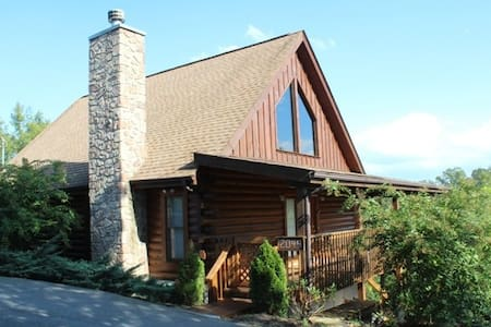 Eagles Haven Cabin - Sevierville - Casa