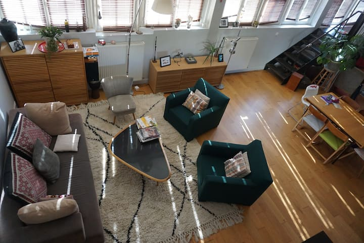 Apartment for 4+ right out of Paris