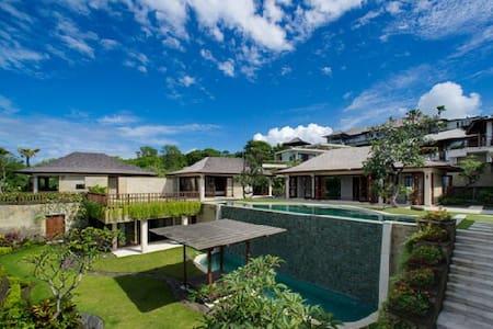 Nusa Dua Ocean View 5 Bedroom - Kuta - Villa