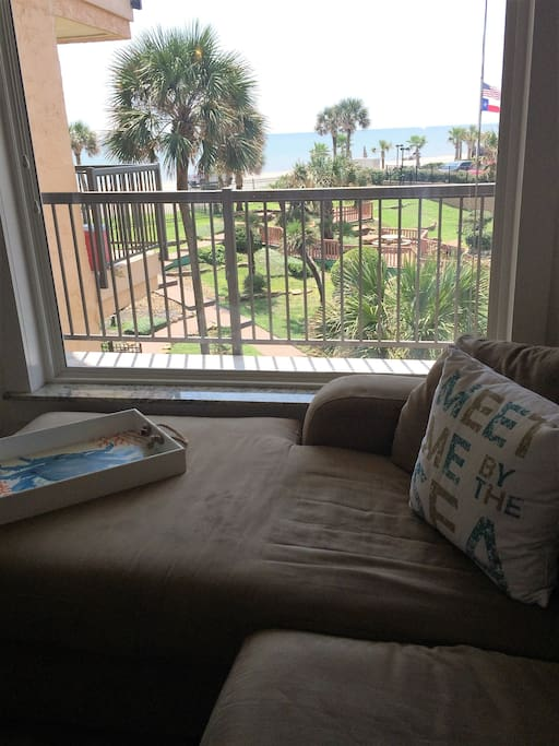 Relax and enjoy the Gulf views.