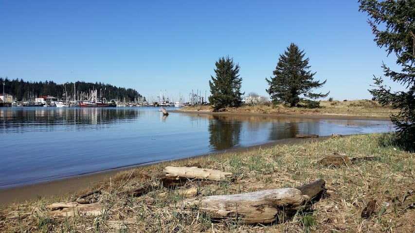 Bay Cove II Bedroom Option - Coos Bay - Hus