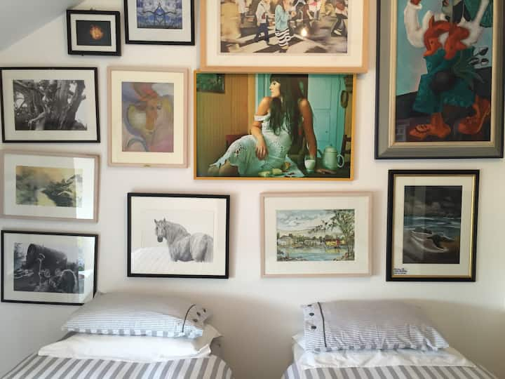 Beautiful Art gallery apartment.