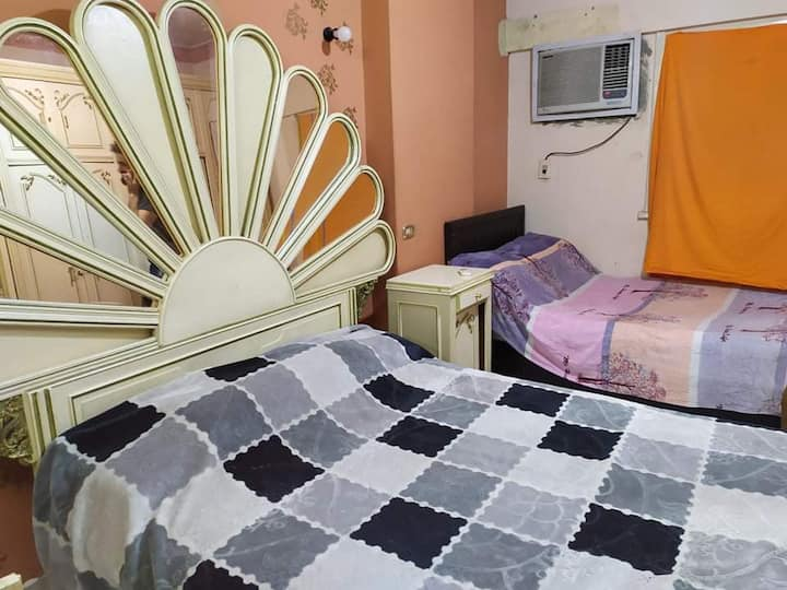 Bed for rent by night, Downtown, Cairo