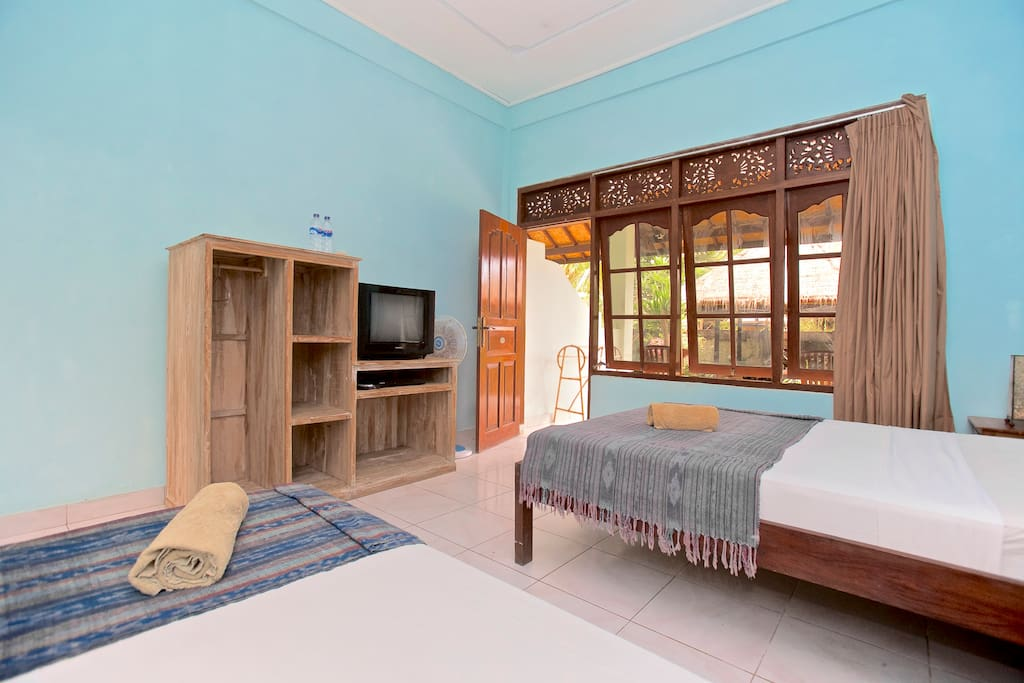 Aircon room with Double and Single beds