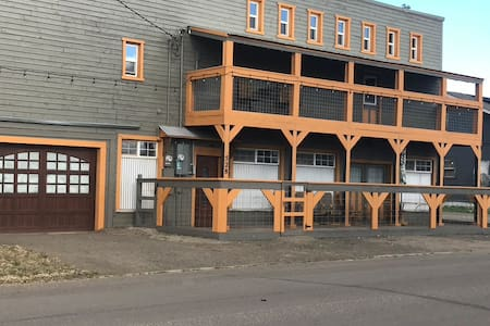 Cowboy Warehouse Studio Three