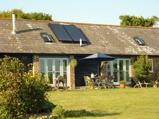St Benedicts Byre B&B - nr Battle - Crowhurst - Inap sarapan