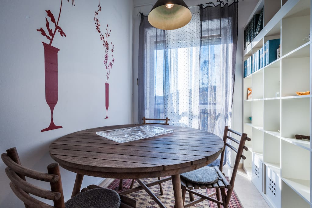 Sulle vie dello shopping di milano appartamenti in for Vie di milano