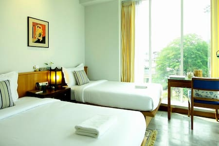 Twin bedroom - Bangkok