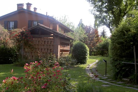 Beautiful Golf Course apartment - Monte San Pietro - Huoneisto