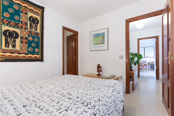 Double room with private bathroom - Sevilla - Wohnung
