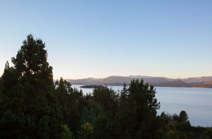 MOUNTAIN AND LAKE VIEW