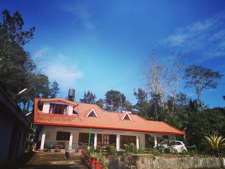 Mani Mansion Room- Amidst lush green plantation
