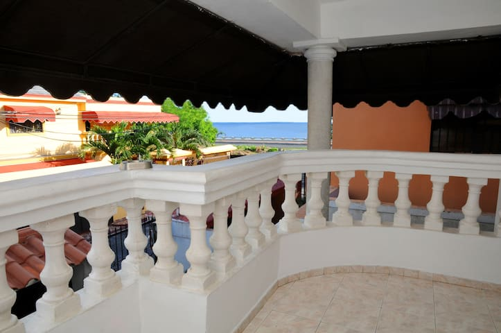 CARIBBEAN SEAVIEW B&B w/ WiFi & CABLE TV - Santo Domingo  - Bed & Breakfast