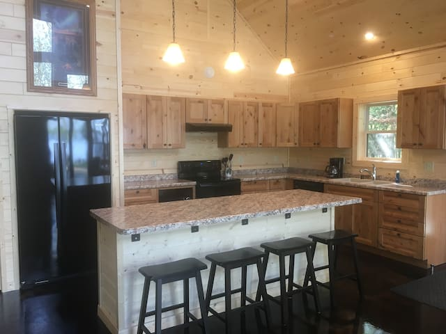 4 bedroom lake home-7 miles from Ely-across BWCAW
