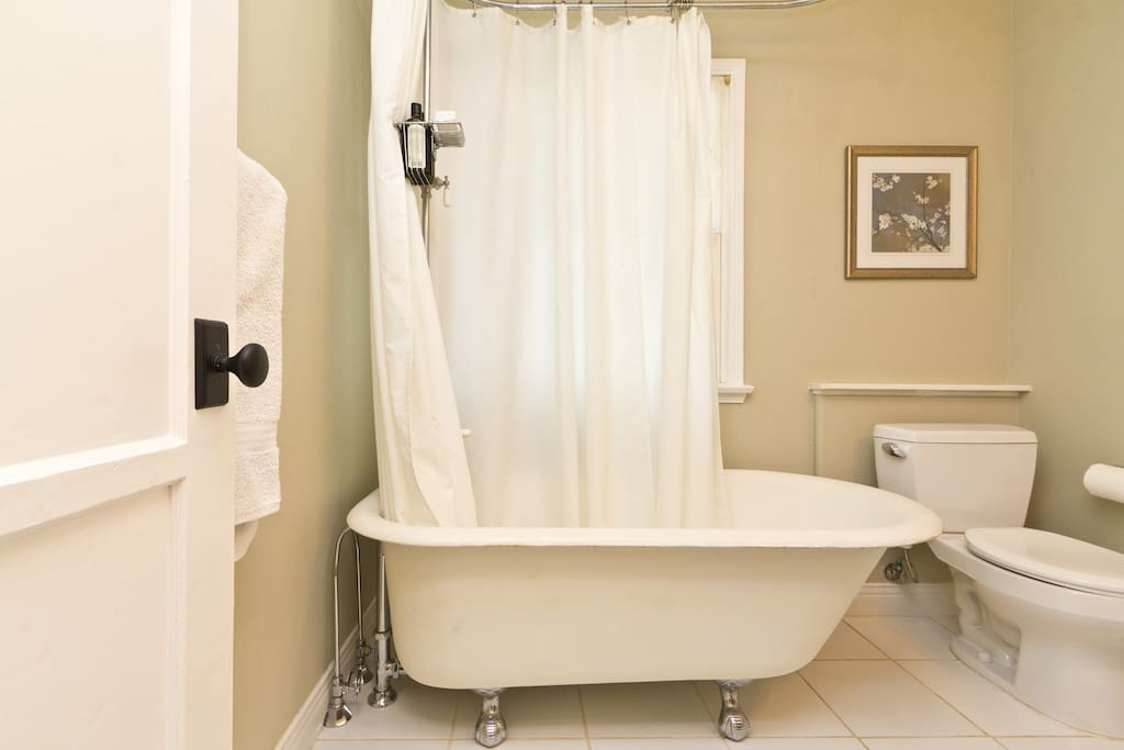 Full remodeled Bathroom w/ 30's Restored Clawfoot Tub and Shower.   Plenty of towels and all the fixings.