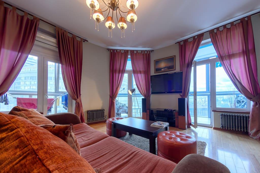 Большая светлая гостиная / Big light drawing room