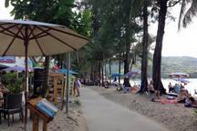 Kamala Beachfront Restaurants
