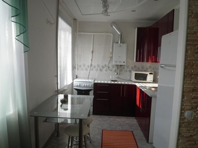 Beautiful new studio in the center - Horlivka - Apartment