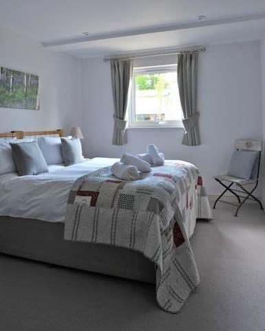 Hazelnut Bedroom 1