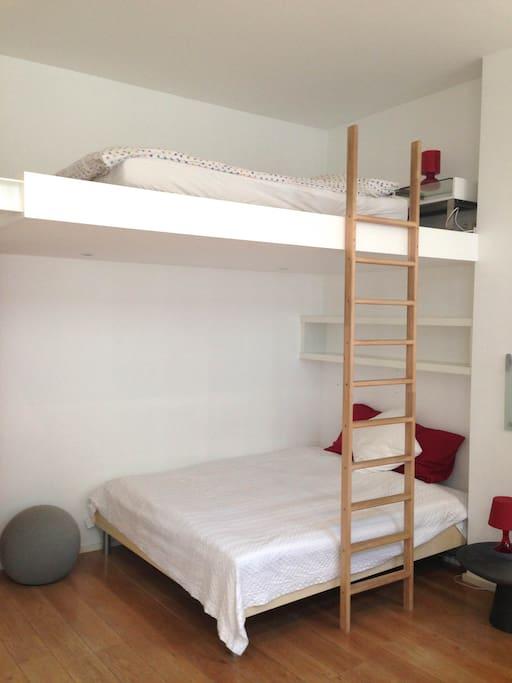 Grande chambre calme centre ville chambres d 39 h tes louer ixelles bruxelles belgique - Chambre d hote liege centre ...