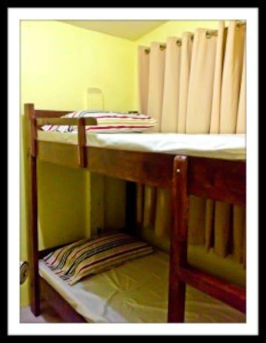 La casa franco bnb jill 39 s room legazpi city for Piani casa bagno jill e jill