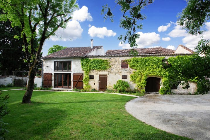 Beautiful converted barn in Charente Maritime
