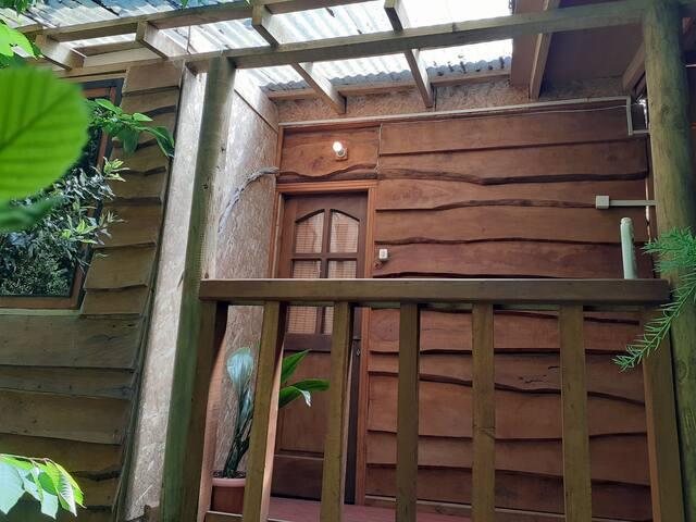Cabaña interior, pequeña ,ideal para descansar