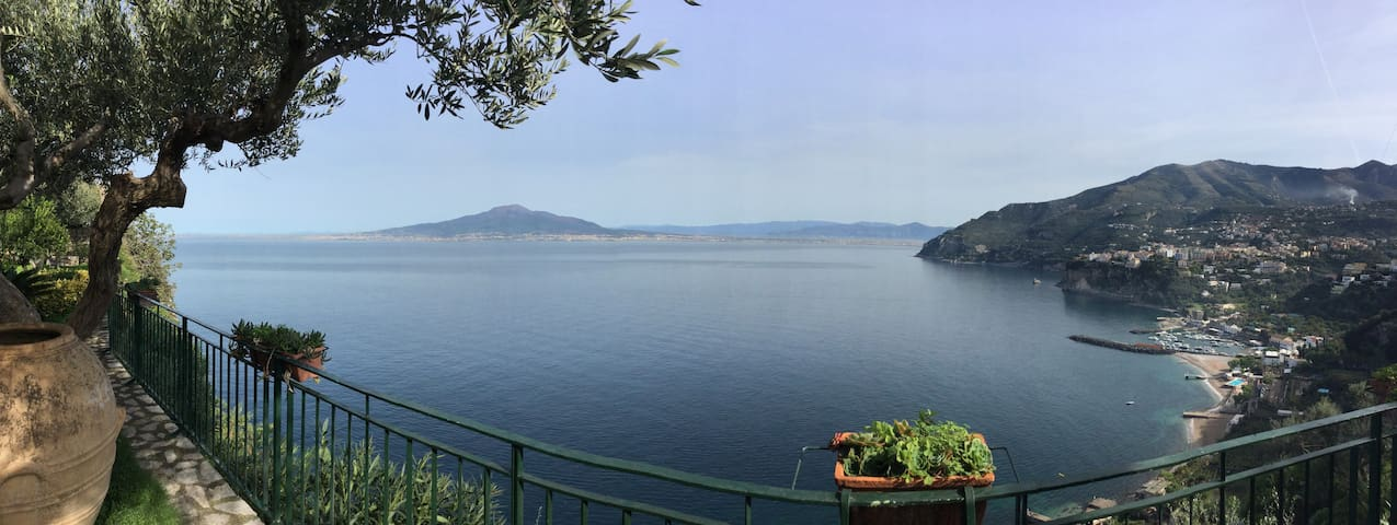 Villino Antonella - Appartamento a picco sul mare - Vico Equense - Apartamento