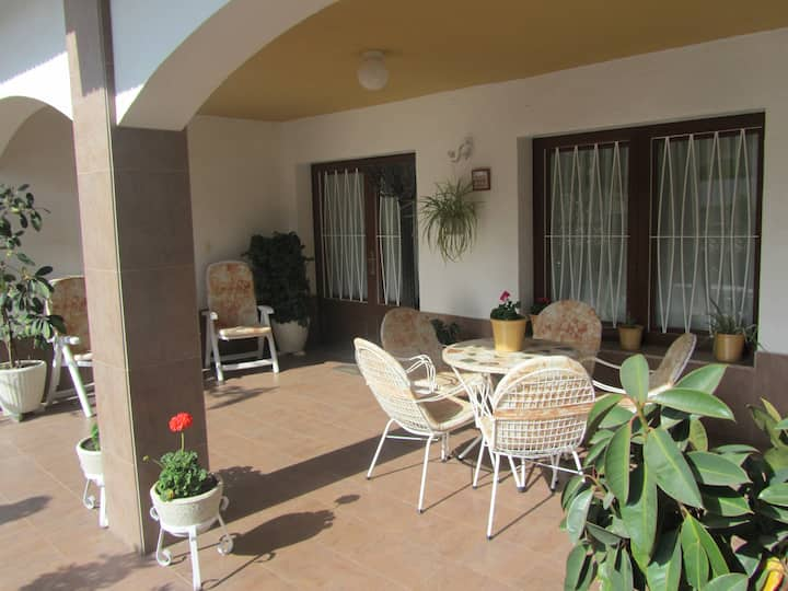 Centric Chalet, 5 min from beach