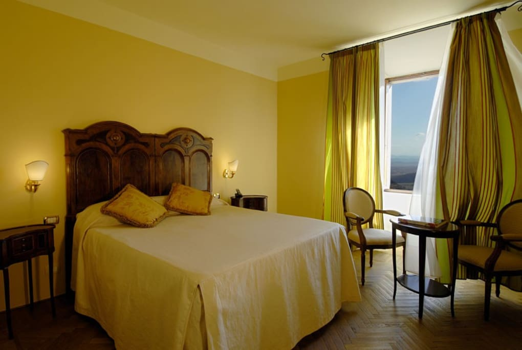 Room with panoramic view, double bed (no twin)