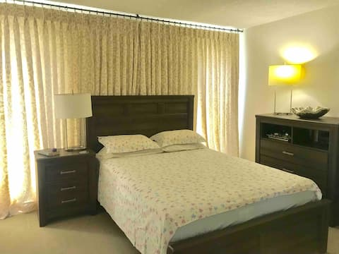 Cozy Room by Hermosa Beach- PRIVATE