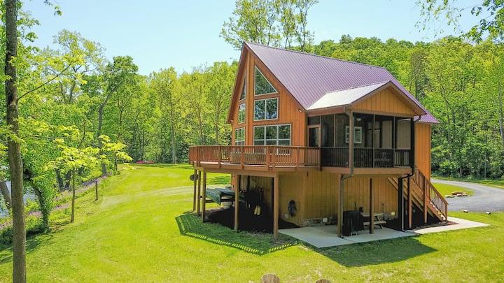 Green Castle cabin on the Shenandoah River